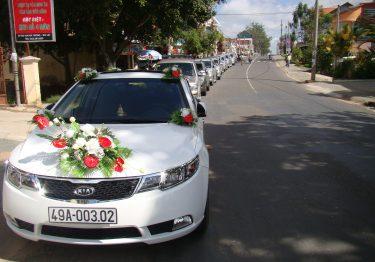 Cho thuê xe cưới giá rẻ tại quận Từ Liêm