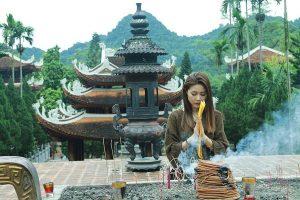 Khi đi chùa, cần đảm bảo sự lịch thiệp, trang nghiêm