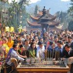 kinh nghiệm đi lễ hội chùa hương