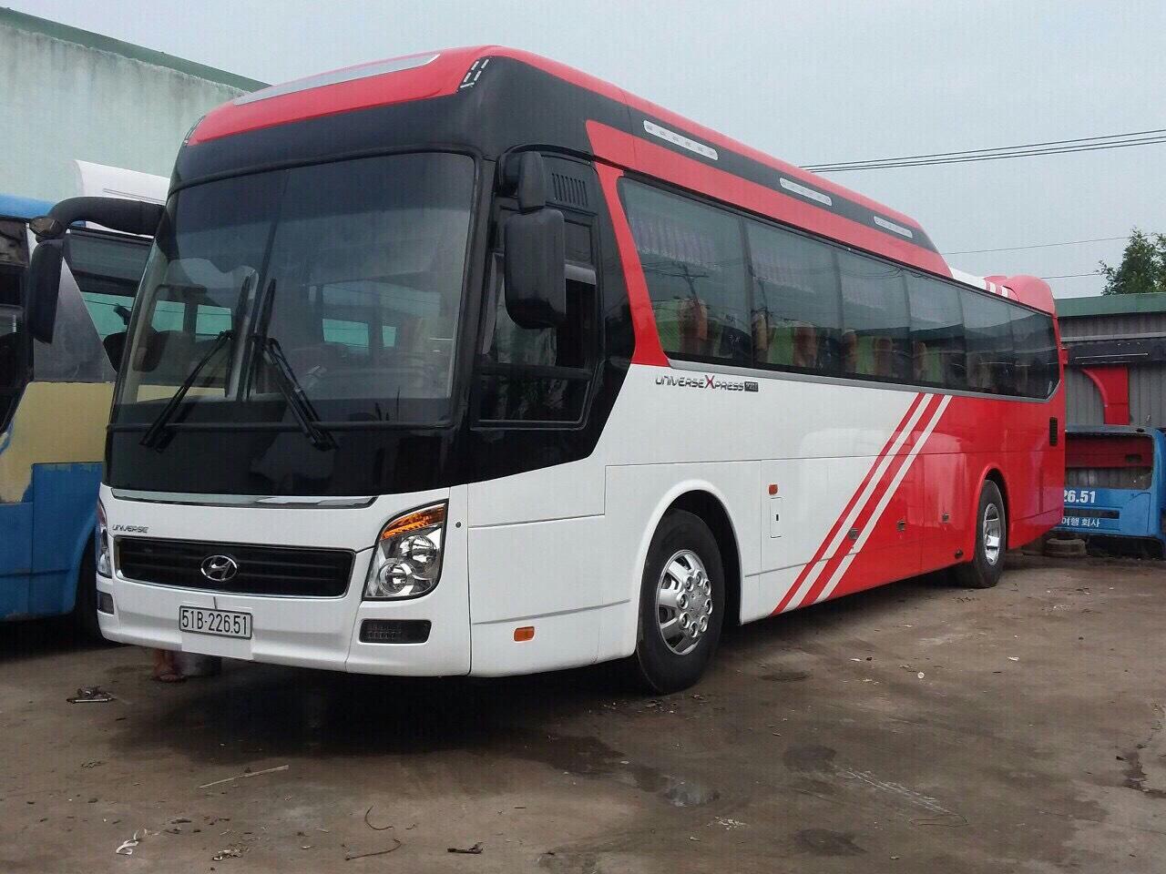 xe đưa đón công nhân về quê tết 2019 uy tín 2
